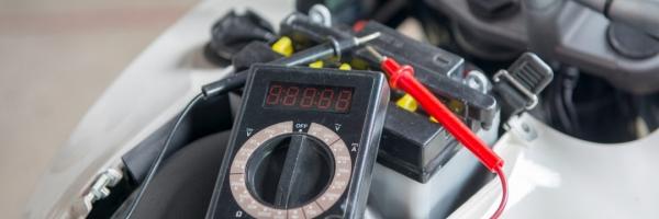 Как продлить срок работы аккумулятора для мотоцикла